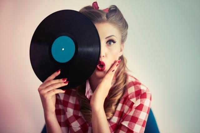 Face hidden behind the vinyl